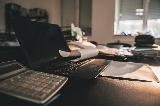 kancelář, počítač.jpg