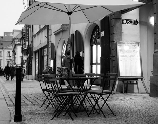 pražská ulice, posezení